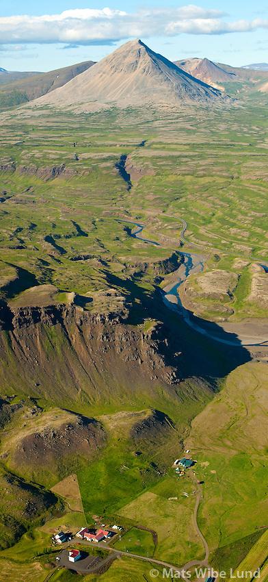 Hvassafell séð til norðnorðausturs, Borgarbyggð áður Norðuárdalshreppur /  Hvassafell and mount Baula viewing nortnortheast. Borgarbyggd former Nordurardalshreppur