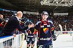 Stockholm 2014-03-27 Ishockey Kvalserien Djurg&aring;rdens IF - R&ouml;gle BK :  <br /> Djurg&aring;rdens Emil Lundberg jublar med lagkamrater efter sitt 5-3 m&aring;l i slutet<br /> (Foto: Kenta J&ouml;nsson) Nyckelord:  DIF Djurg&aring;rden R&ouml;gle RBK Hovet jubel gl&auml;dje lycka glad happy