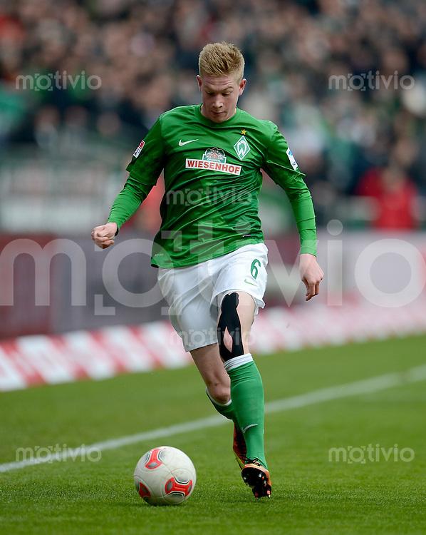 FUSSBALL   1. BUNDESLIGA   SAISON 2012/2013    26. SPIELTAG SV Werder Bremen - Greuther Fuerth                        16.03.2013 Kevin De Bruyne (SV Werder Bremen) Einzelaktion am Ball