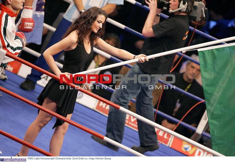 WBO Light Heavyweight Championship: <br /> <br /> <br /> Zsolt Erdei ( alter und neuer Weltmeister (re) vs. Hugo Hernan Garay <br /> <br /> <br /> Foto &copy; nordphoto <br /> <br /> <br /> <br /> <br /> <br /> <br /> <br />  *** Local Caption *** Foto ist honorarpflichtig! zzgl. gesetzl. MwSt.<br /> <br />  Belegexemplar erforderlich<br /> <br /> Adresse: nordphoto<br /> <br /> Georg-Reinke-Strasse 1<br /> <br /> 49377 Vechta