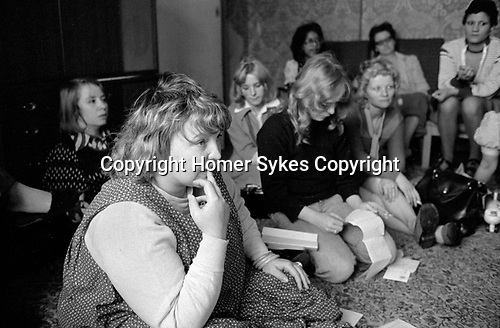 Chiswick Womens Aid, Richmond 1975. House meeting.