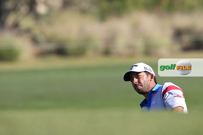 Pablo LARRAZABAL (ESP) chips onto the 10th green during Thursday's Round 2 of the 2015 Commercial Bank Qatar Masters held at Doha Golf Club, Doha, Qatar.: Picture Eoin Clarke, www.golffile.ie: 1/22/2015