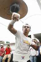 IG230807JuanMarquez-entrena-Cumpleaños-gimnasio Romanza