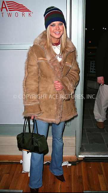 Actress TARA REID (American Pie) at the Westminster Kennel Club's Tea and Biscuits Benefit to honor the search and rescue dogs and their handlers who risked their lives at Ground Zero in the heroic efforts that took place following the World Trade Center tragedy. The American Park Restaurant in New York. February 6, 2002.  © 2002 by Alecsey Boldeskul/NY Photo Press.     ....*ONE-TIME REPRODUCTION RIGHTS*      ....NY Photo Press:  ..phone (646) 267-6913;   ..e-mail: info@nyphotopress.com