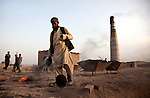 1 June 2013, Dobandi,Surkhroad District,  Jalalabad, Afghanistan.    Workers toil at a brick factory on the outskirts of Jalalabad. Picture by Graham Crouch/World Bank