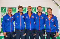Moscow, Russia, 14 th July, 2016, Tennis,  Davis Cup Russia-Netherlands, The draw,  Dutch team lts: Captain Jan Siemerink, Robin Haase, Thiemo de Bakker, Matwe Middelkoop and Wesley Koolhof.<br /> Photo: Henk Koster/tennisimages.com