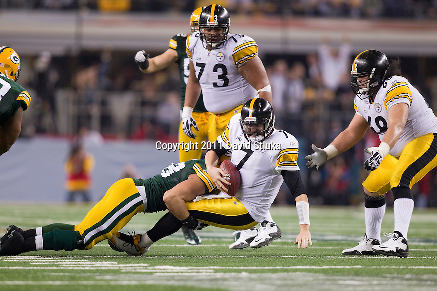 Green Bay Packers linebacker Frank Zombo (58) sacks Pittsburgh Steelers quarterback Ben Roethlisberger (7) during Super Bowl XLV on Sunday, February 6, 2011, in Arlingto, Texaas. The Packers won 31-25. (AP Photo/David Stluka)