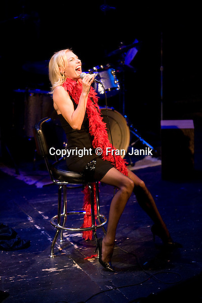 Internationally renowned chanteuse Ute Lemper belts out a tune on the stage at The Zipper Theater in New York City on August 25 2007. Designer Charl Kroeger produced her show to benefit the hiv/aids services of the LGBT center in Manhattan.