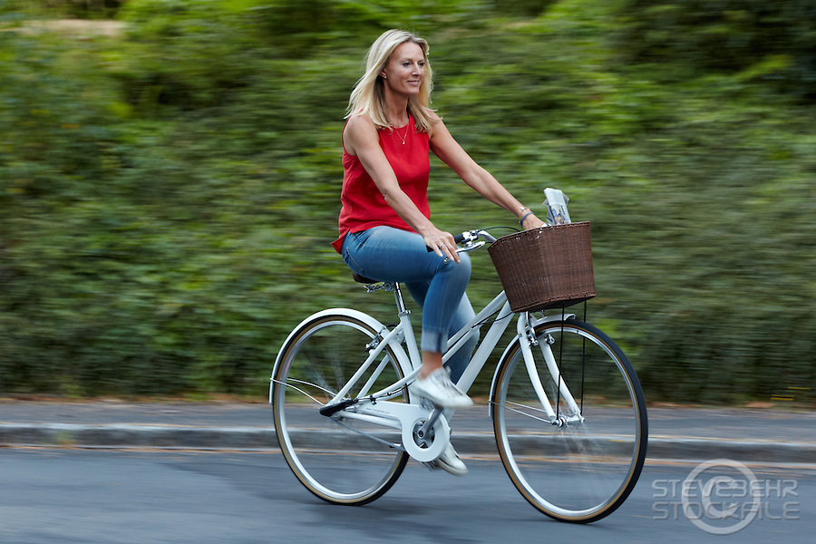 Fiona riding Charge Decanter Bicycle , Sunninghill, Berks.