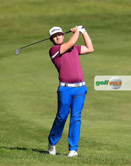 Tyrrell HATTON (ENG) during round 1 of the 2015 BMW PGA Championship over the West Course at Wentworth, Virgina Water, London. 21/05/2015<br /> Picture Fran Caffrey, www.golffile.ie: