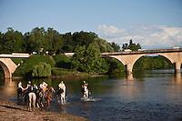 Europe/France/Aquitaine/24/Dordogne/Limeuil: Randonnée équestre au confluent de la Dordogne et de la Vézère