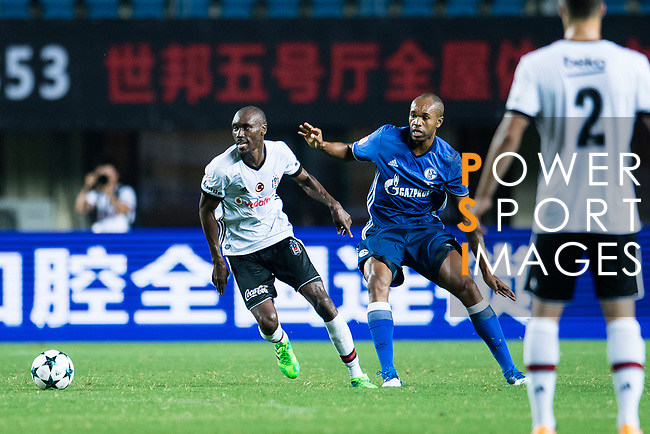 Besiktas Istambul Midfielder Atiba Hutchinson (L) fights for the ball with FC Schalke Defender Naldo (R) during the Friendly Football Matches Summer 2017 between FC Schalke 04 Vs Besiktas Istanbul at Zhuhai Sport Center Stadium on July 19, 2017 in Zhuhai, China. Photo by Marcio Rodrigo Machado / Power Sport Images