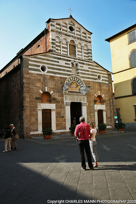 Lucca has several beautiful old churches with an accompanying piazza.