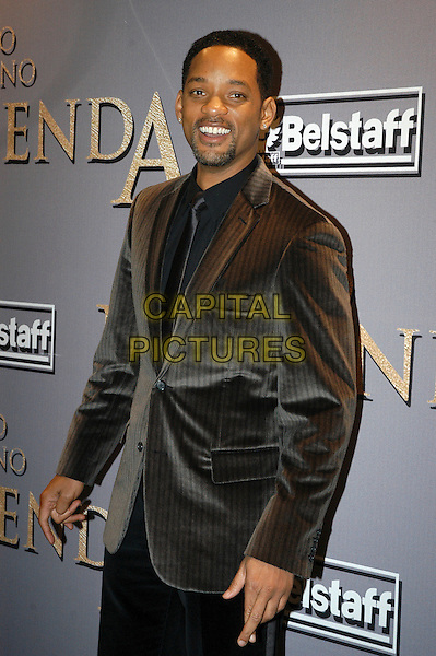 "WILL SMITH.Premiere of ""I Am Legend"", Rome, Italy..January 9th, 2008.half length grey gray suit jacket goatee facial hair .CAP/CAV.©Luca Cavallari/Capital Pictures."