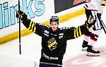 Stockholm 2014-09-11 Ishockey Hockeyallsvenskan AIK - S&ouml;dert&auml;lje SK :  <br /> AIK:s Fredrik Hynning jublar efter sitt 1-0 m&aring;l<br /> (Foto: Kenta J&ouml;nsson) Nyckelord:  AIK Gnaget Hockeyallsvenskan Allsvenskan Hovet Johanneshovs Isstadion S&ouml;dert&auml;lje SK SSK jubel gl&auml;dje lycka glad happy