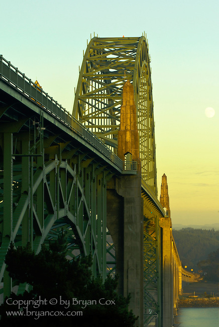 Yaquina Bay Bridge at dusk, Newport, Oregon