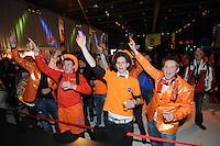 SCHAATSEN: HEERENVEEN: Thialf, KPN NK Allround, 04-02-2012, Supporters in KPN Clubhuis, ©foto: Martin de Jong