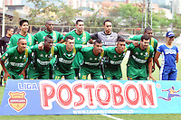 MEDELLIN -COLOMBIA-08-02-2014. Formacion de La Equidad .Accion de juego entre los equipos Envigado FC  de  Medellin y La Equidad    partido por la cuarta fecha de La Liga Postobon1 jugado en el estadio Polideportivo Sur  . Equidad  team. Action game between teams Envigado FC  and La Equidad The Fair game for the fourth round of La Liga Postobon1 played at the Sports Stadium South stadium: VizzorImage / Luis Rios / Stringer