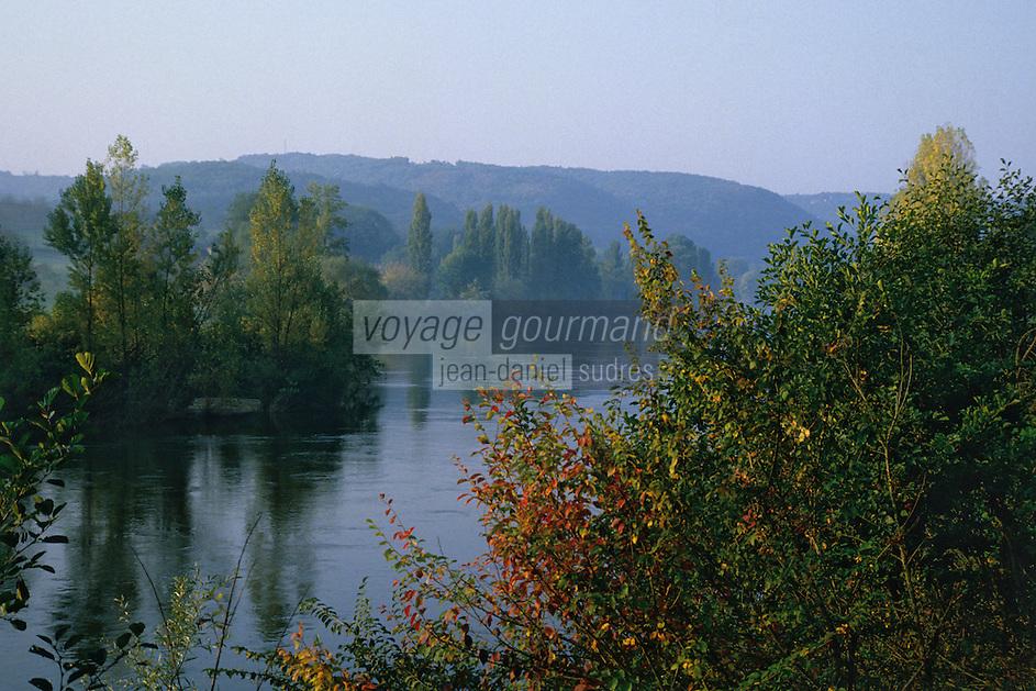 Europe/France/Aquitaine/24/Dordogne/Vallée de la Dordogne/Périgord Noir/La Roque-Gageac: La vallée de la Dordogne