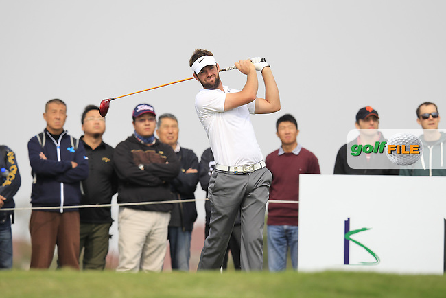 Scott Jamieson (SCO) tees off the 7th tee during Saturday's Round 3 of the 2013 BMW Masters presented by SRE Group held at Lake Malaren Golf Club, Shanghai, China. 26th October 2013.<br /> Picture: Eoin Clarke/www.golffile.ie