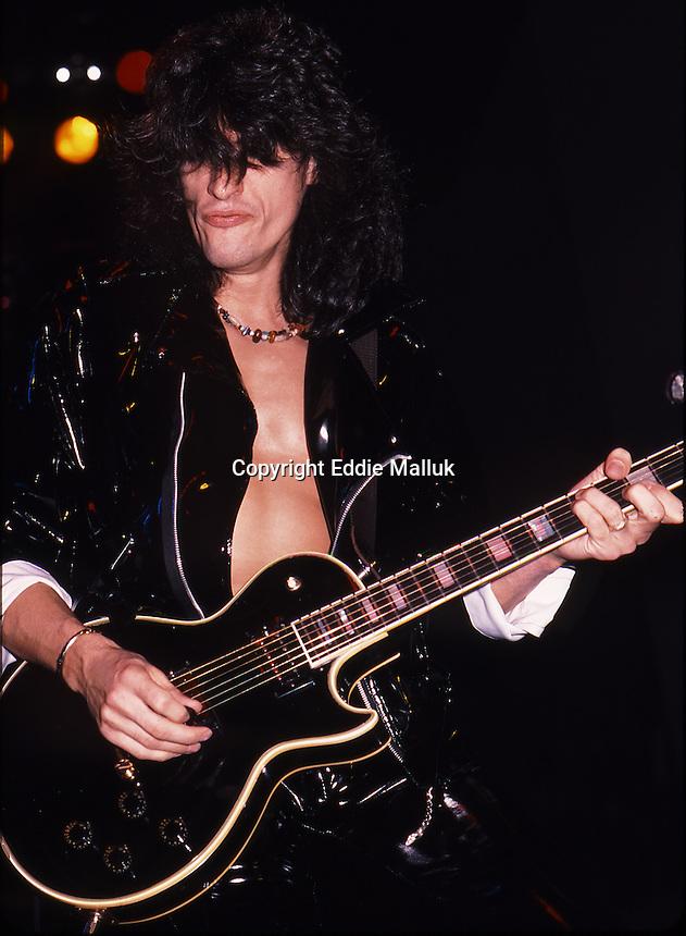 Aerosmith ;Live ; On 1987-1988; Permanent Vacation Tour
