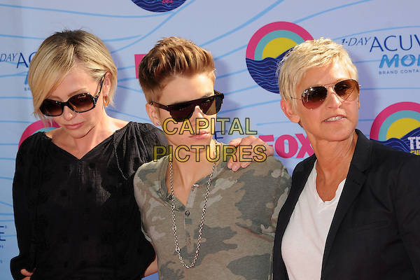 Portia de Rossi, Justin Bieber, Ellen DeGeneres.FOX's 2012 Teen Choice Awards held at The Gibson Ampitheatre in Universal City, California, USA..July 22nd, 2012.half length blue black top sunglasses shades blazer white cream top couple married wife life partners grey gray camouflage t-shirt .CAP/ADM/BP.©Byron Purvis/AdMedia/Capital Pictures.