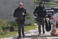 """SÃO PAULO,SP, 23.06.2016 - LAVA-JATO - Movimentação na sede da Policia Federal em São Paulo, durante 31ª fase da Operação Lava Jato batizada de """"Custo Brasil"""" nesta quinta-feira, 23. (Foto: Marcio Ribeiro/Brazil Photo Press)"""
