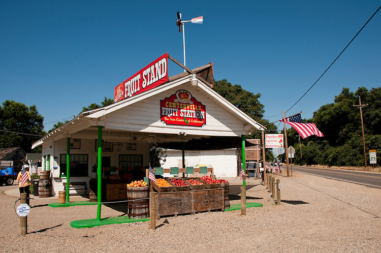 Centreville Fruit Station, Roadside produce stand, Centreville; between Fresno and Kings Canyon; California, USA.  Photo copyright Lee Foster.  Photo # california121568
