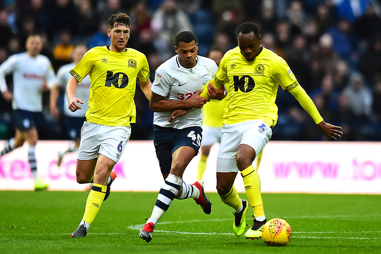 Preston North End's Ben Pearson vies for possession with Blackburn Rovers' Ryan Nyambe<br /> <br /> Photographer Richard Martin-Roberts/CameraSport<br /> <br /> The EFL Sky Bet Championship - Preston North End v Blackburn Rovers - Saturday 24th November 2018 - Deepdale Stadium - Preston<br /> <br /> World Copyright © 2018 CameraSport. All rights reserved. 43 Linden Ave. Countesthorpe. Leicester. England. LE8 5PG - Tel: +44 (0) 116 277 4147 - admin@camerasport.com - www.camerasport.com