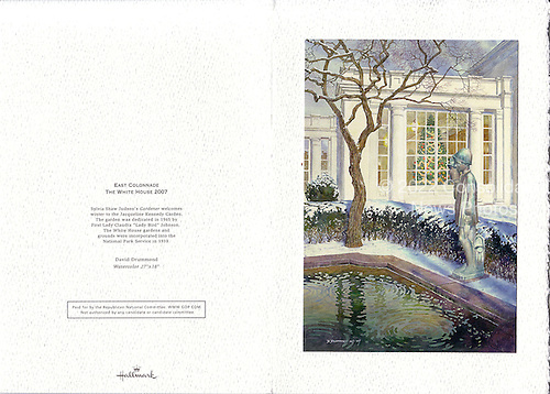 Washington, D.C. - December 13, 2007 -- Exterior back side, left, and front side, right, of the 2007 White House Christmas card sent by United States President George W. Bush and first lady Laura Bush..Credit: Ron Sachs / CNP