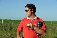 URUGUAY Villa Sara, Raùl Uraga Berrutti, Agronom of rice mill Saman drinks Mate tea