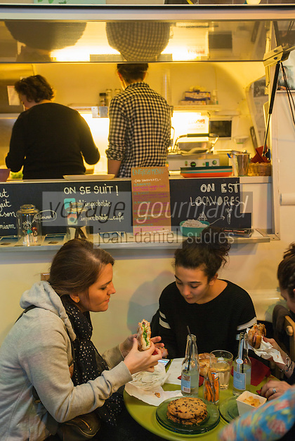 Europe,France,Ile-de-France,75004,Paris: L'Improbable : sandwiches belges (pistolets) : 3-5, rue des Guillemites
