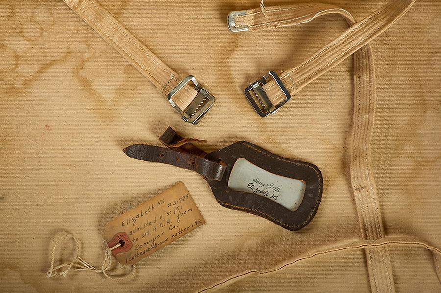 Willard Suitcases / Elizabeth M / ©2013 Jon Crispin