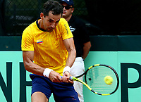 MEDELLIN - COLOMBIA – 07 – 04 - 2017: Santiago Giraldo de Colombia celebra punto sobre Nicolas Jarry, de Chile,  punto durante partido de la serie final de partidos en el Grupo I de la Zona Americana de la Copa Davis, partidos entre Colombia y Chile, en Country Club Ejecutivos de la ciudad de Medellin. / Santiago Giraldo Cabal of Colombia celebrates the point against Nicolas Jarry, of Chile, during a match to the final series of matches in Group I of the American Zone Davis Cup, match between Colombia and Chile, at the Country Club Executives in Medellin city. Photo: VizzorImage / Juan C Quintero / Fedetenis / Cont.
