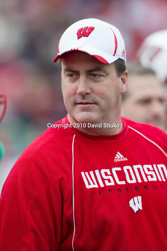 Wisconsin Badgers offensive coordinator Paul Chryst looks on prior to the Wisconsin Badgers Spring Football game at Camp Randall Stadium on April 23, 2011 in Madison, Wisconsin. (Photo by David Stluka)