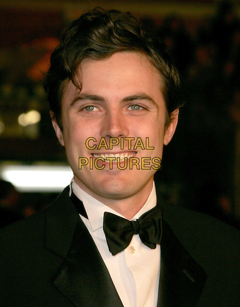 "CASEY AFFLECK.The Warner Brothers' World Premiere of ""Ocean's Twelve"" held at The Grauman's Chinese Theatre in Hollywood, California .December 8th,2 004.headshot, portrait, bow tie.www.capitalpictures.com.sales@capitalpictures.com.Supplied By Capital PIctures"