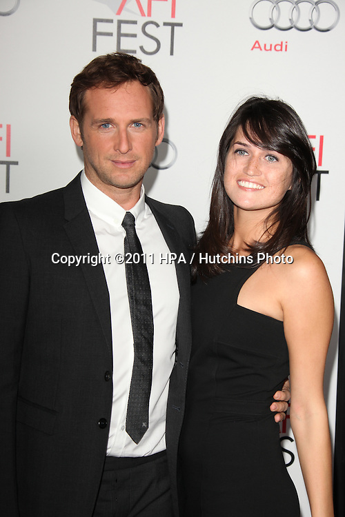"""LOS ANGELES - NOV 3:  Josh Lucas arrives at the AFI FEST 2011 Presented By Audi - """"J. Edgar"""" Opening Night Gala at Grauman's Chinese Theater on November 3, 2011 in Los Angeles, CA"""