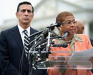 October 9, 2013  (Washington, DC)  Rep. Darrell Issa (R-CA) and Del. Eleanor Norton during a news conference at the Capitol on freeing D.C.'s budget from the shutdown.  (Photo by Don Baxter/Media Images International)
