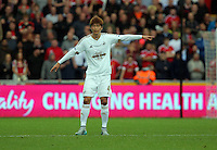 Pictured: Ki Sung Yueng of Swansea  Sunday 30 August 2015<br /> Re: Premier League, Swansea v Manchester United at the Liberty Stadium, Swansea, UK