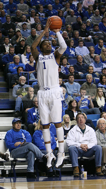 Kentucky Wildcats guard James Young (1) shoots jump shot during the second half of the UK Men's basketball game vs. Texas A&M at Rupp Arena in Lexington, Ky., on Tuesday January 21, 2014. UK defeated Texas A&M 68-51 Photo by Joel Repoley | Staff