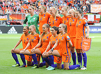 20170806 - ENSCHEDE , NETHERLANDS : Dutch team  pictured during the female soccer game between The Netherlands and Denmark  , the final at the Women's Euro 2017 , European Championship in The Netherlands 2017 , Sunday 6th of August 2017 at Grolsch Veste Stadion FC Twente in Enschede , The Netherlands PHOTO SPORTPIX.BE | DIRK VUYLSTEKE