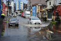 SAO PAULO, SP, 23.09.2013 - A Rua Joao Jacinto com rua Sao Caetano na região do Bras esta alagada devido a chuva desta madrugada(Foto: Adriano Lima / Brazil Photo Press)