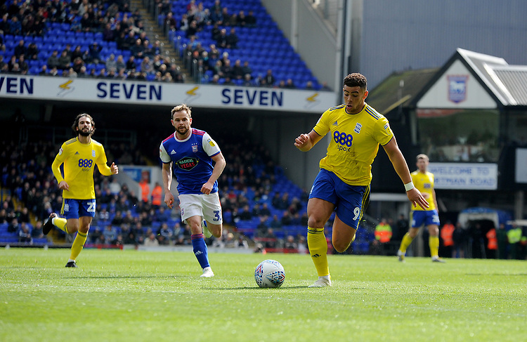 Birmingham City's Che Adams<br /> <br /> Photographer Hannah Fountain/CameraSport<br /> <br /> The EFL Sky Bet Championship - Ipswich Town v Birmingham City - Saturday 13th April 2019 - Portman Road - Ipswich<br /> <br /> World Copyright © 2019 CameraSport. All rights reserved. 43 Linden Ave. Countesthorpe. Leicester. England. LE8 5PG - Tel: +44 (0) 116 277 4147 - admin@camerasport.com - www.camerasport.com