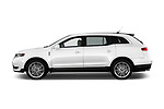 Car driver side profile view of a 2018 Lincoln MKT Reserve 5 Door SUV