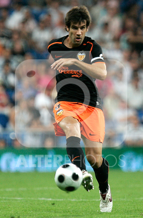 Valencia's Davidl Albelda during Super Cup match, August 24, 2008. (ALTERPHOTOS/Alvaro Hernandez)
