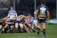 Tom Ellis of Bath Rugby in action at a scrum. Gallagher Premiership match, between Worcester Warriors and Bath Rugby on January 5, 2019 at Sixways Stadium in Worcester, England. Photo by: Patrick Khachfe / Onside Images