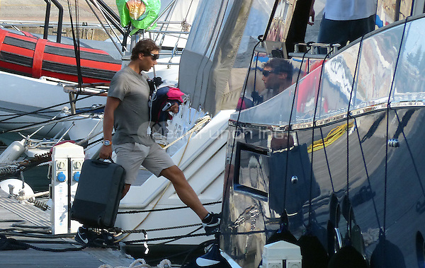 EXCLUSIVE - DOUBLE RATES - Manacor, Mallorca, Spain, 09th June 2016. Rafael Nadal going on vacation with friends on his yacht just after announcing he would not participate in Wimbledon this year. Credit: JLS/insight media /MediaPunch ***FOR USA ONLY***