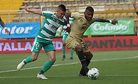 BOGOTÁ - COLOMBIA, 24-04-2019:Walmer Pacheco (Izq.) jugador de La Equidad  disputa el balón con Carlos Ramirez (Der.) jugador de Rionegro  durante partido por la fecha 17 de la Liga Águila I 2019 jugado en el estadio Metropolitano de Techo de la ciudad de Bogotá. /Walmer Pacheco (L) player of La Equidad fights the ball  against of Carlos Ramirez (R) player of Rionegro  during the match for the date 17 of the Liga Aguila I 2019 played at the Metropolitano de Techo  stadium in Bogota city. Photo: VizzorImage / Felipe Caicedo / Staff.