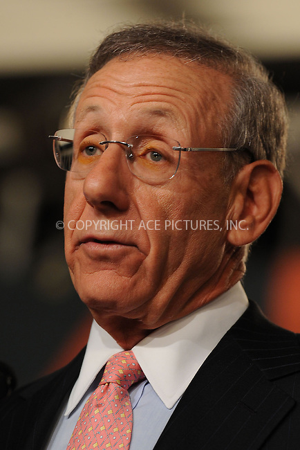 WWW.ACEPIXS.COM . . . . . ....July 21 2009, New York City....Miami Dolphins owner Stephen Ross at the NFL, ESPN/ESPN Deportes and Miami Dolphins press conference at the Time Warner Center on July 21, 2009 in New York City.....Please byline: KRISTIN CALLAHAN - ACEPIXS.COM.. . . . . . ..Ace Pictures, Inc:  ..tel: (212) 243 8787 or (646) 769 0430..e-mail: info@acepixs.com..web: http://www.acepixs.com