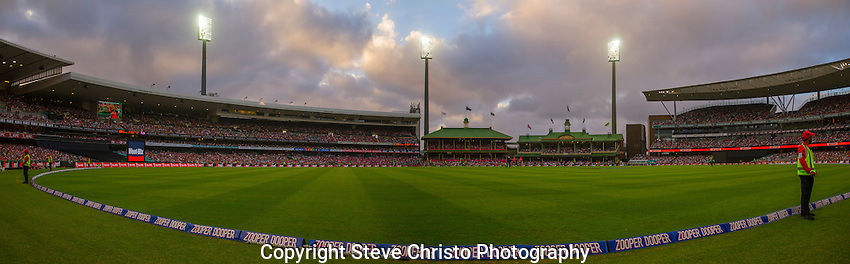 Cricket - BBL, Sydney Sixers vs. Sydney Thunder. A panorama of the Sydney Cricket Ground. Saturday 14th January 2017. (Photo: Steve Christo)